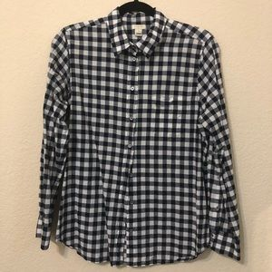 FALL🍂 J. Crew Gingham Navy button up top